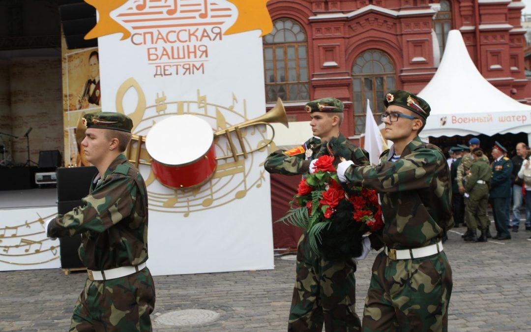 Участие в межрегиональном конкурсе молодежных почетных караулов «Спасская башня»