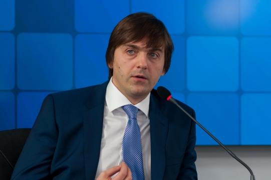 Для родителей Сергей Кравцов 14 сентября проведет Всероссийскую встречу